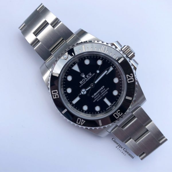 1 Rolex Submariner 114060 Oystersteel Black Dial Oyster Bracelet used2018